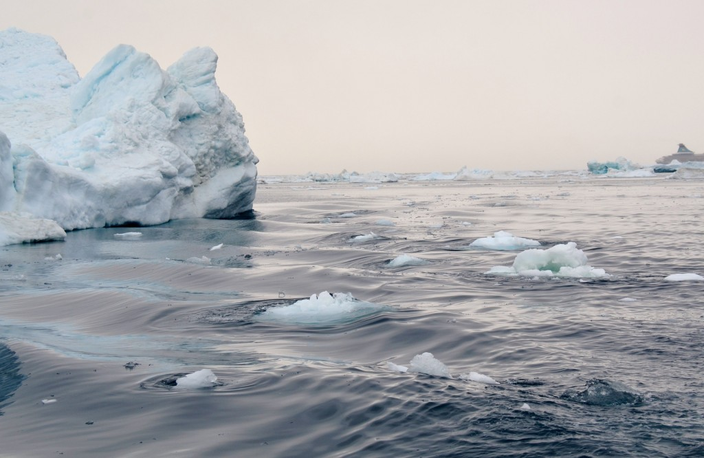 icefjord-1232704_1920